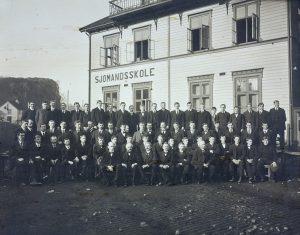 Arendal offentlige sjømannsskole i Barbu rundt 1912