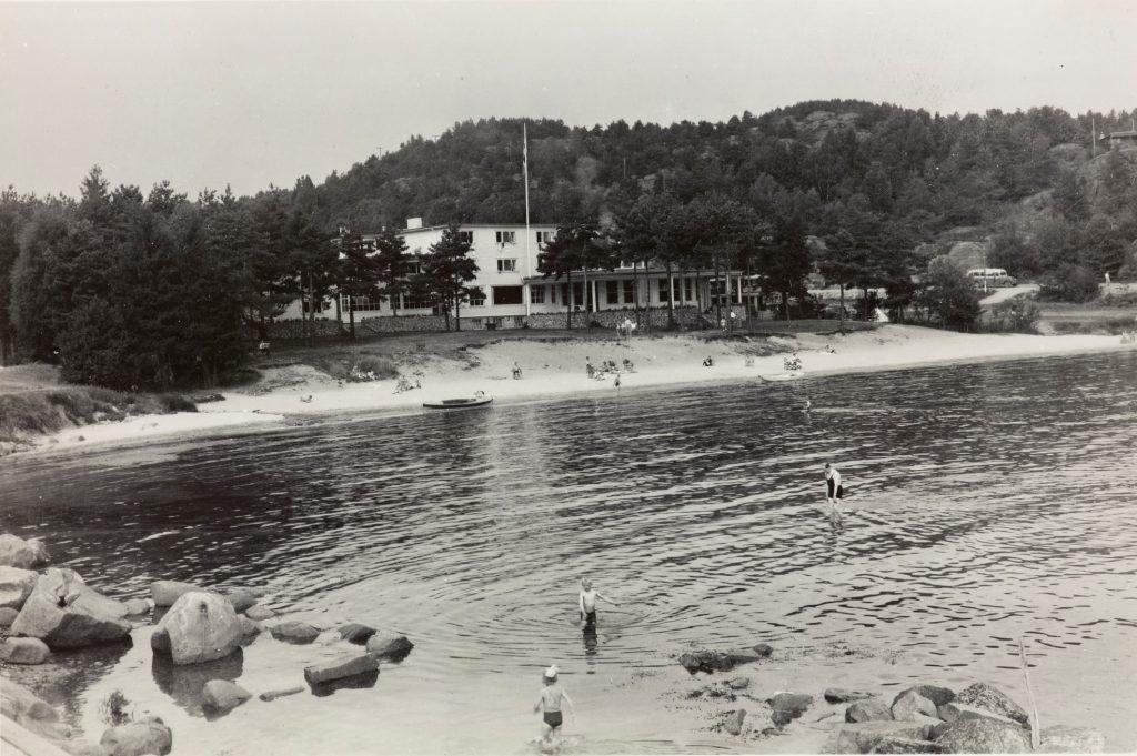 Badestranden ved Strand Hotel Fevik