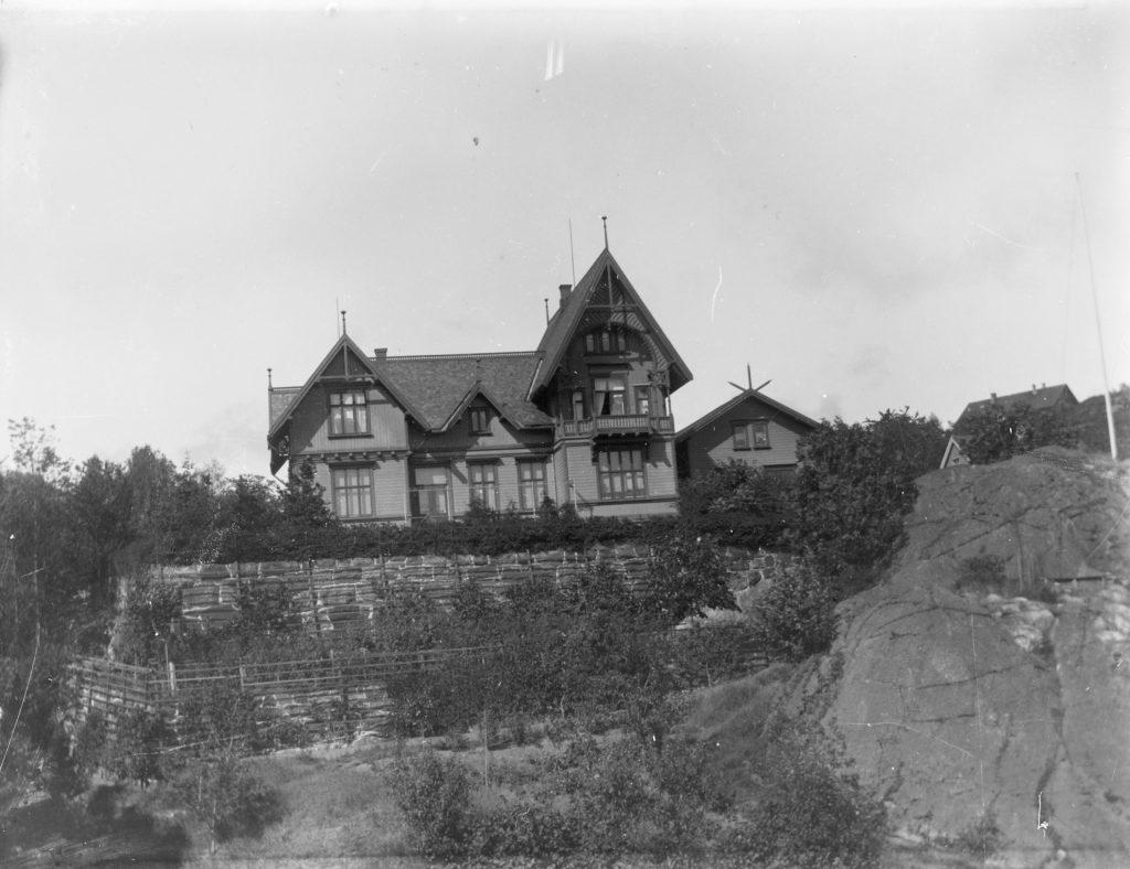 Villa Solhaug på Vollene i Barbu sommeren 1899