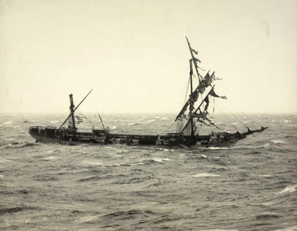"""""""Skaregrøm"""" i Atlanterhavet desember 1926"""