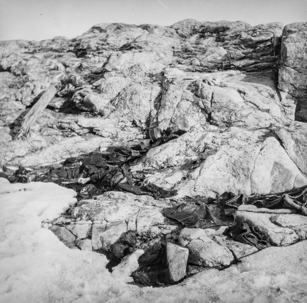 Funnstedet for ekspedisjonsleder S. A. Andrees. Foto: Trolig Adolf Sørensen