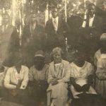 Elida Ulltveit Moe med venner i Ekombe