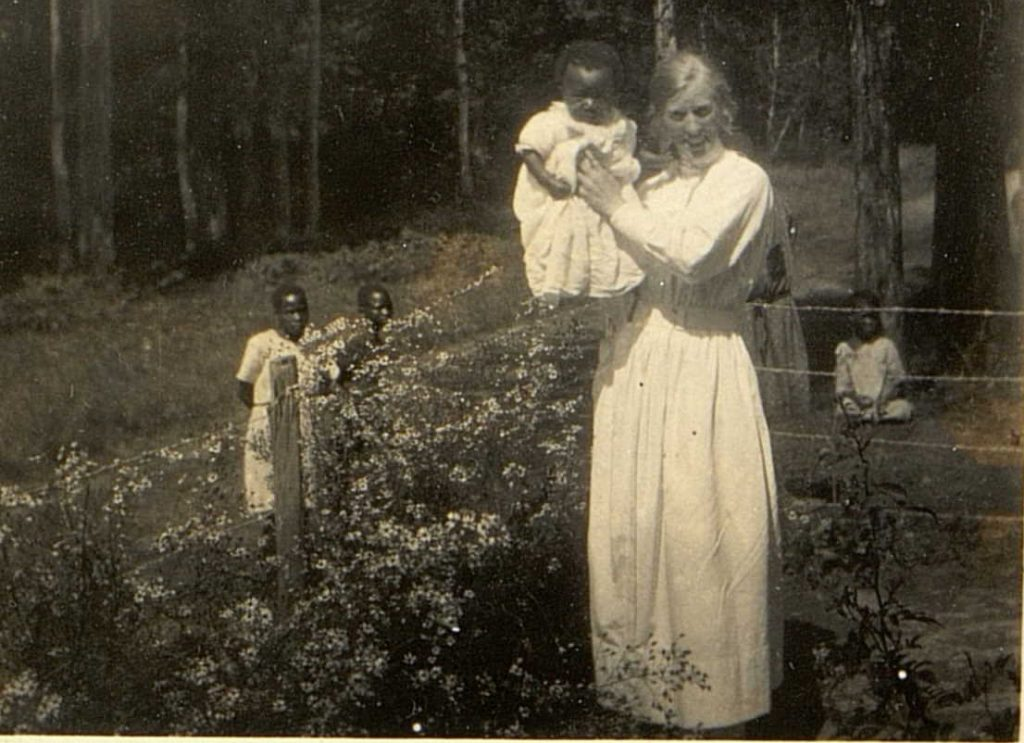 Elida Ulltveit Moe og tvillinggutten Pål