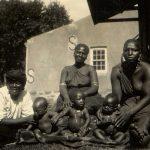 Mødre i Ekombe