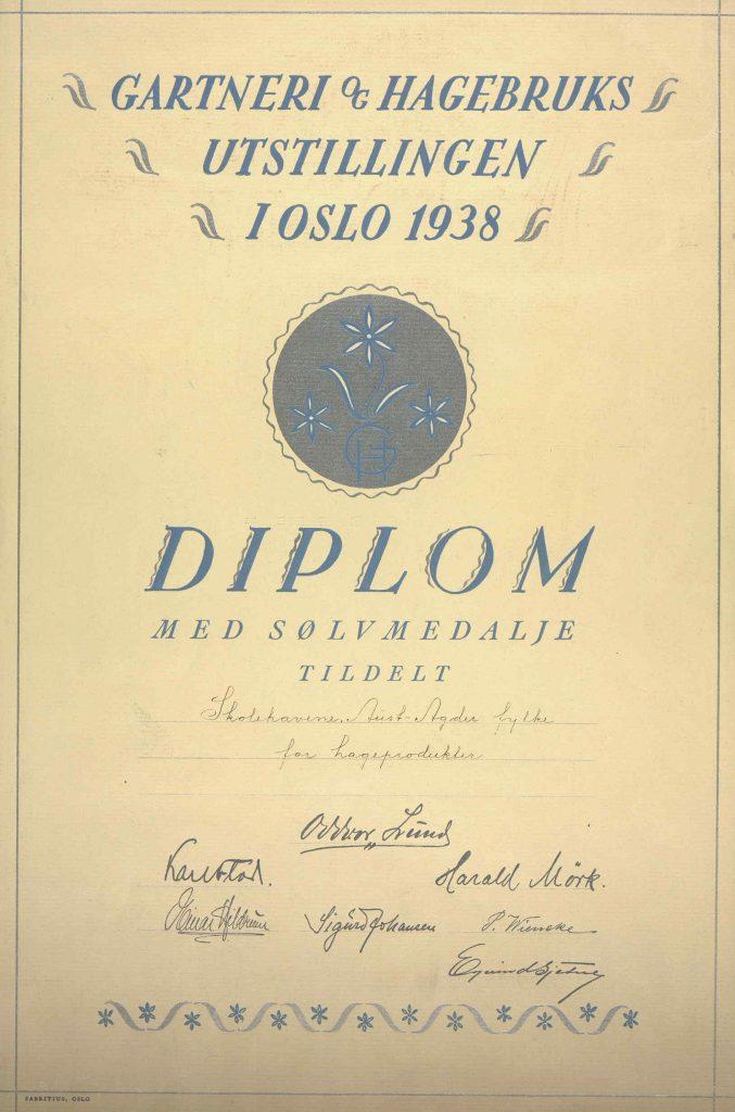 Diplom for sølvmedalje skolehager i Aust-Agder fylke 1938