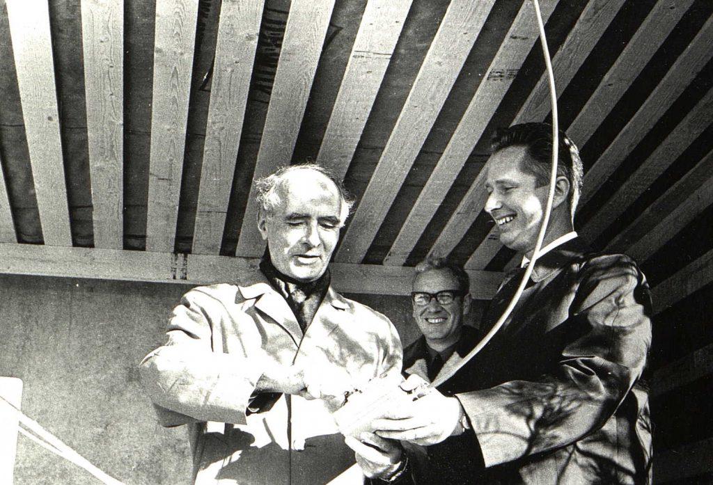 Statsminster Trygve Bratteli åpner Nidarå Trelast 26.10.1971