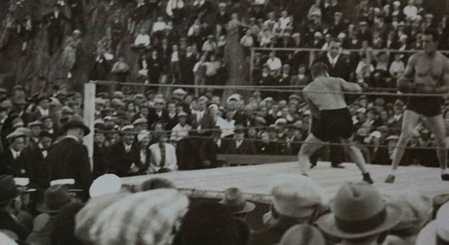 Boksekamp mellom Otto von Porat og Knut Pedersen Arendal 1933 2