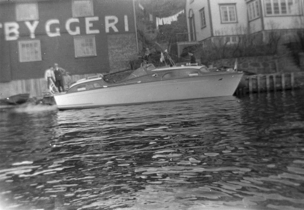 34 foter ved Skilsø Baatbyggeri i 1951