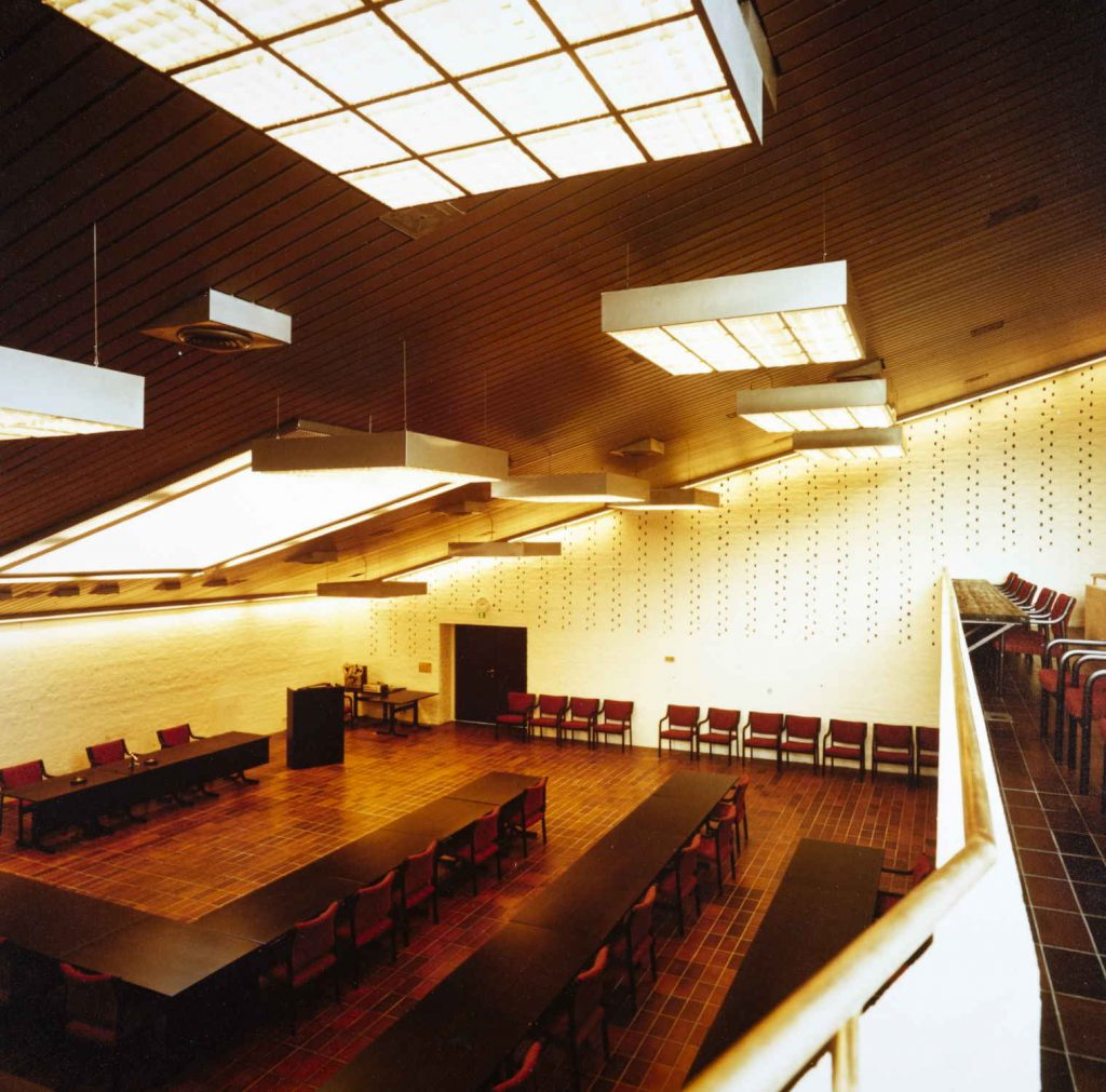 Fylkestingssalen i fylkeshuset i Arendal