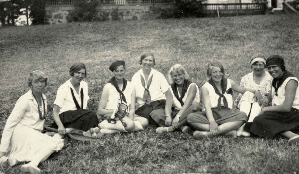 Alle rådgiverne ved Sundet sommerleir i 1929