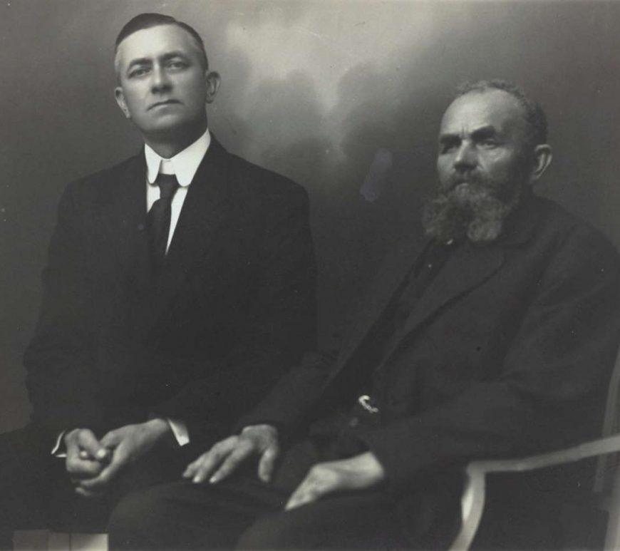 Portrett av Arne og Erik Lindstøl 1929